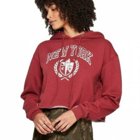 wild fable Tops - Wild Fable Women's Cropped New York Graphic Hoodie